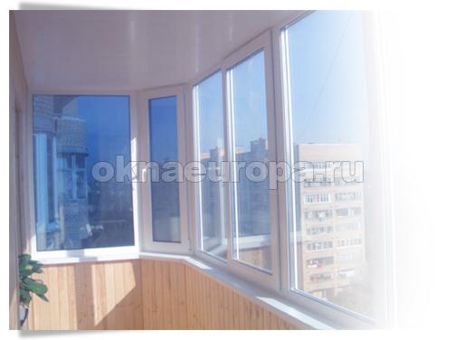 Пластиковый тип остекления балкона