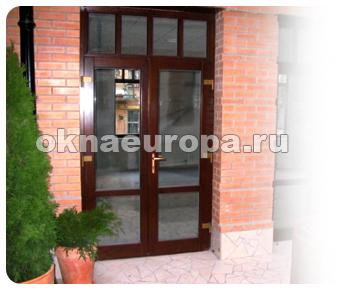Деревянные уличные двери